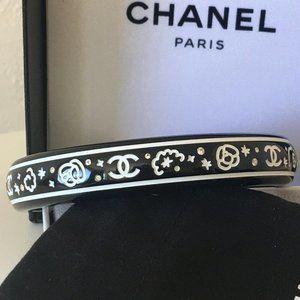 CHANEL Black Bangle Bracelet Resin and Crystal CC